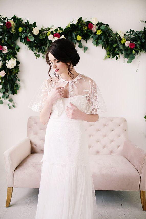 Caplet white lace